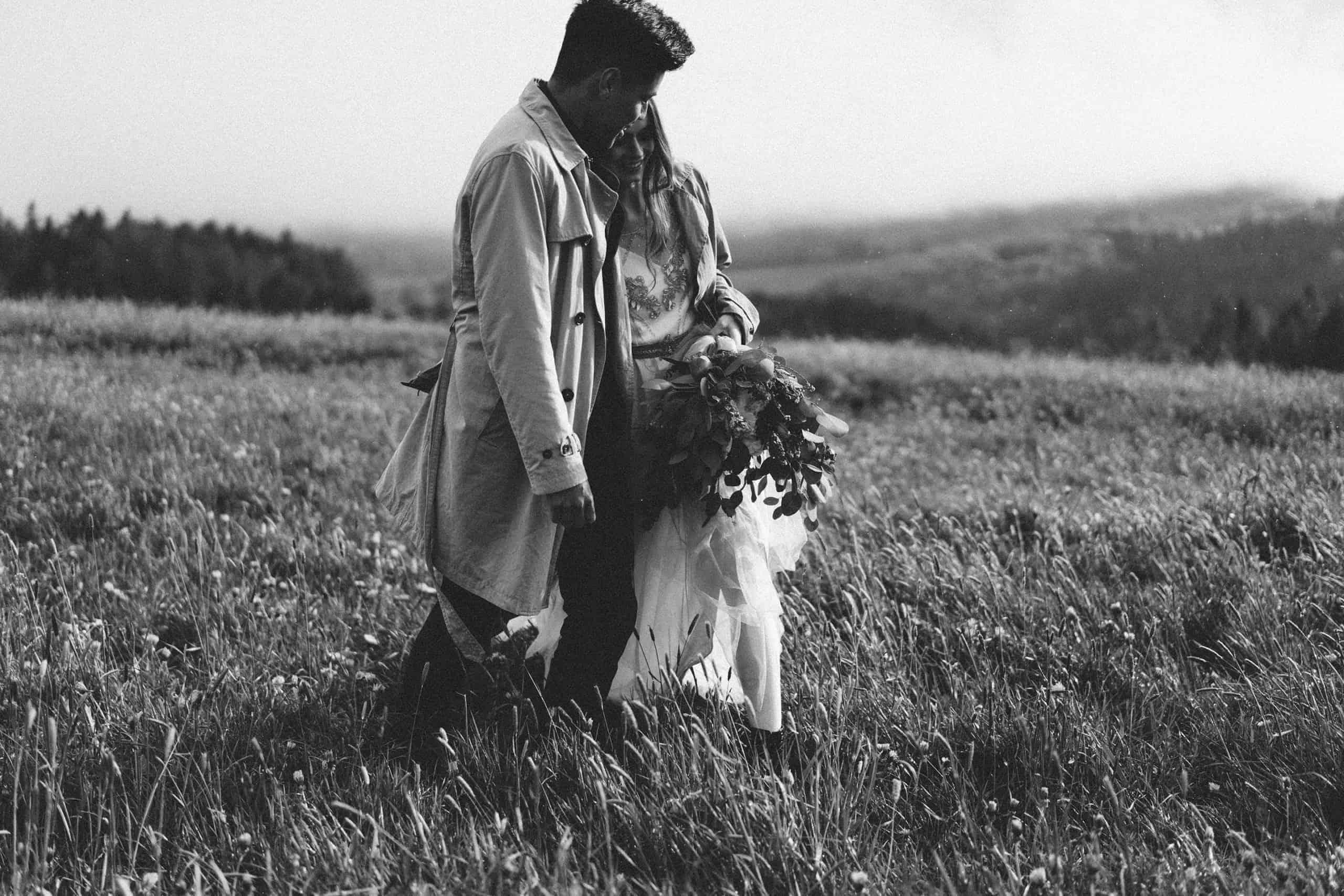 Mountain Boho Love Story 06810