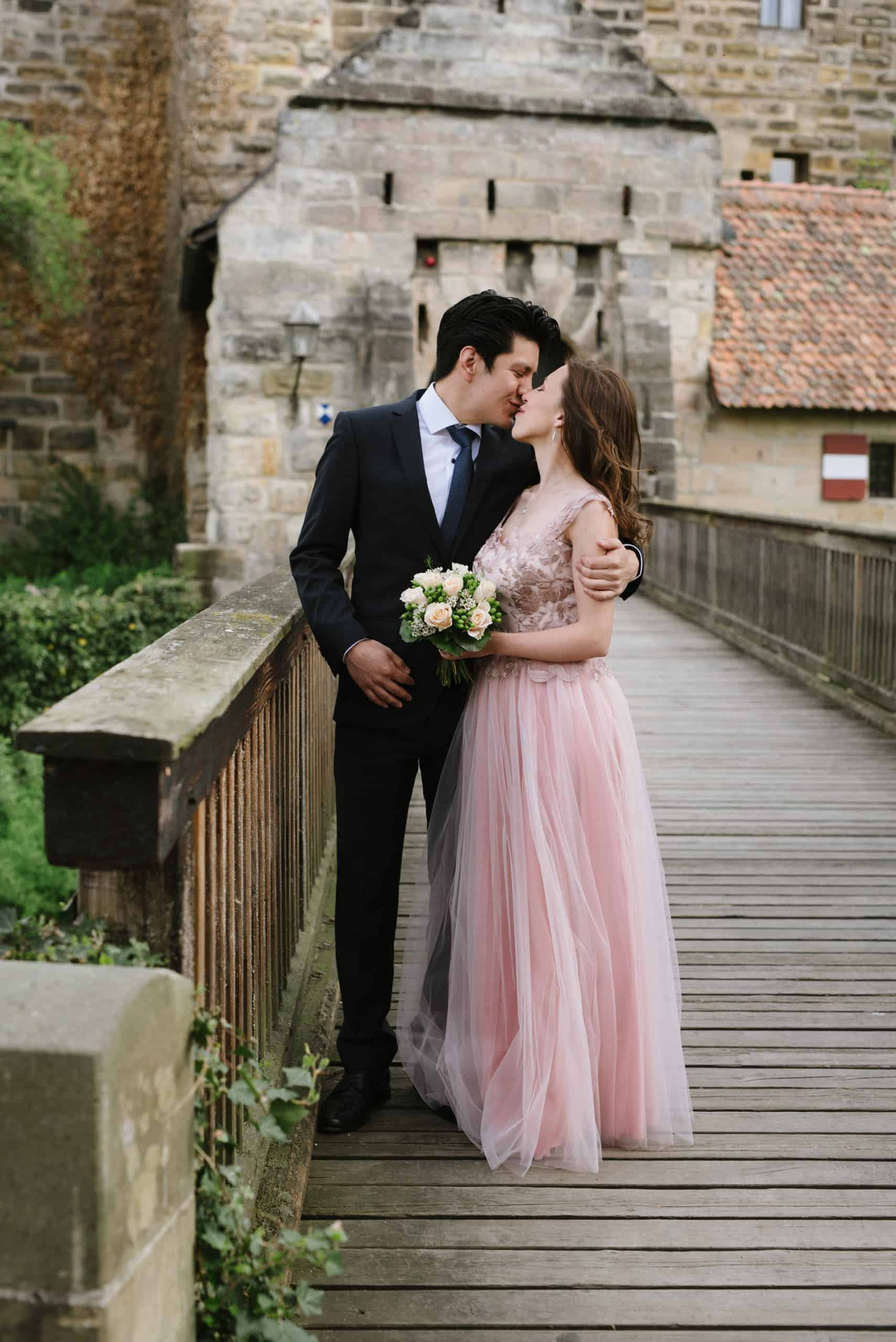 Wedding In Lauf Castle 03